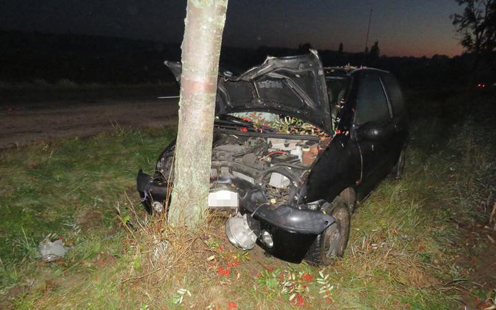 161010_dn-tri-nehody-tri-zdemolovana-auta